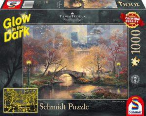 Los mejores puzzles fluorescentes que brillan en la oscuridad - Puzzle fluorescente de Central Park de 1000 piezas de Schmidt
